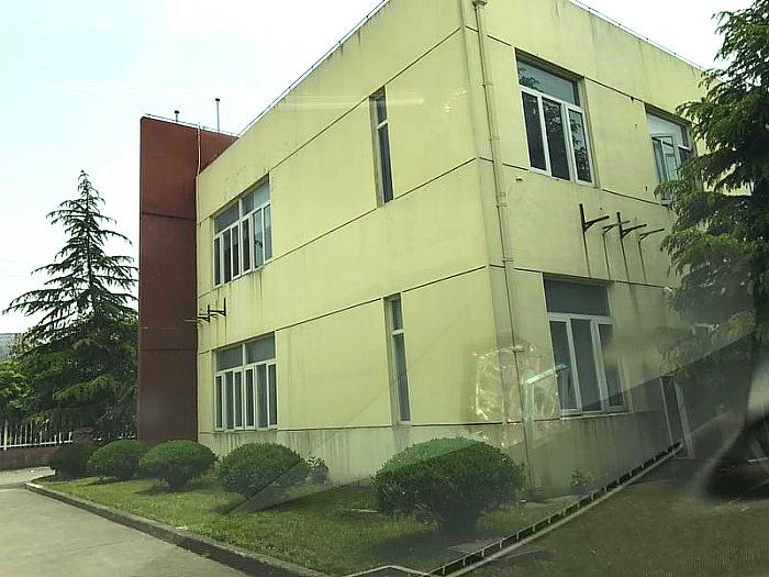A8212 松江新桥工业区104地块 火车头式单层厂房出租 3300平米 环氧地坪 可分租