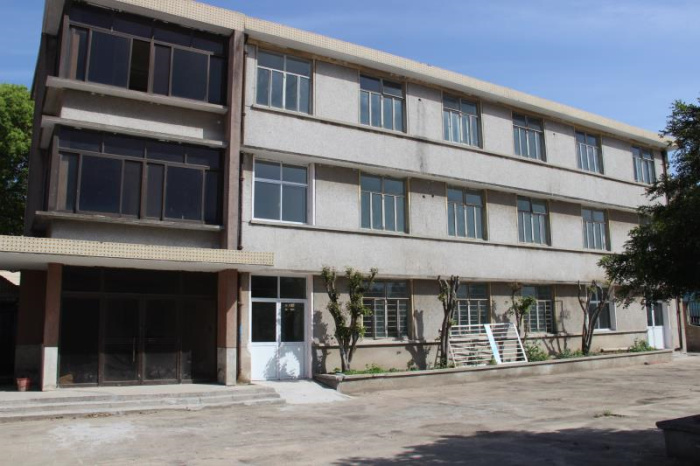 A8204 闵行区浦江镇三鲁公路林恒路独门独院三层厂房 728平米出租