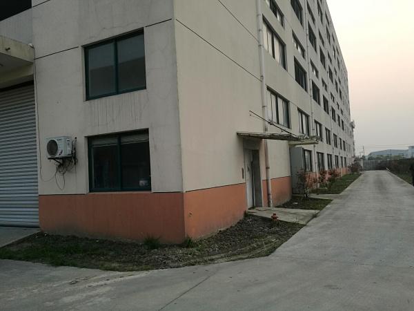 A8201 金山亭林工业区林盛路110号 1400平底楼 3300楼上 厂房仓库出租 可分割  非中介