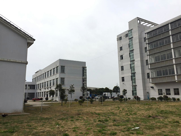 G1518   【绿色生态奉贤】 适合养老院或学校 奉贤钱桥2.1万平方米 3栋多层物业整体出租