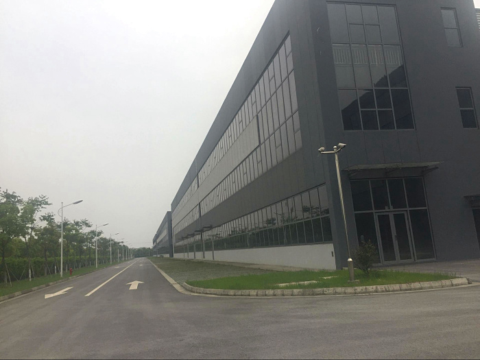 G1561 【政府厂房】 常熟正规国家级工业园区内8000-10000平方米独栋单层可装行车标准厂房出租 20元/月/平 税收优惠