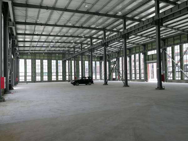 A8331 南通海门港新区厂房出租 福建路与西安路路口 3栋独立可装行车 厂房1846+办公1700