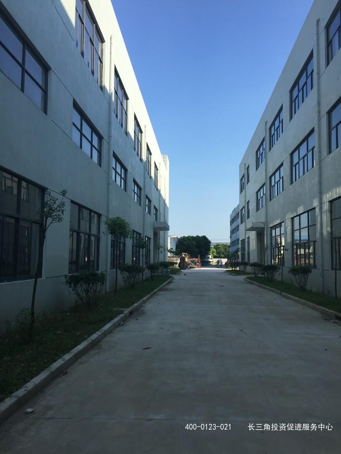 G2097金山枫泾镇王圩东路新建厂房出租  证件齐全 独门独院 0.55元起 多层厂房