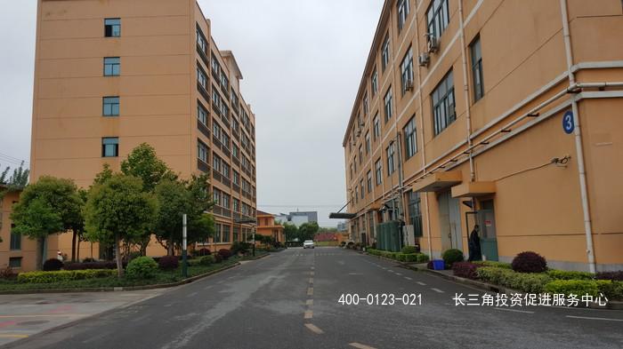 G2100 青浦区北青公路 厂房紧邻虹桥商务区 厂房出租 可注册可环评 适合各类轻工业使用