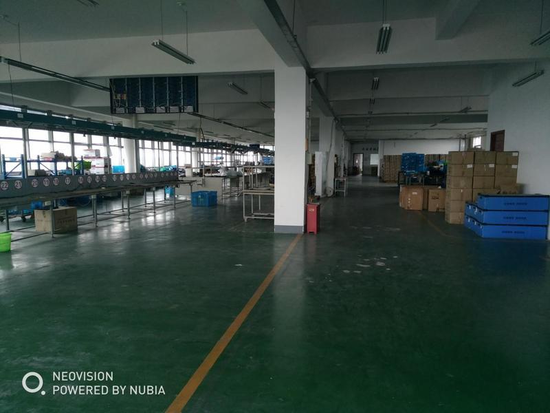 A8339 青浦区青浦工业园区内新胜路 多层厂房办公楼 可分割出租 楼上0.8元起