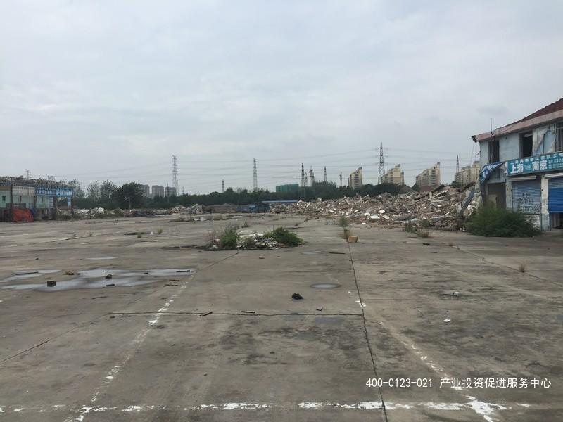G2171嘉定南翔胜辛路硬化水泥地7亩地出租   厂房5000平米出租