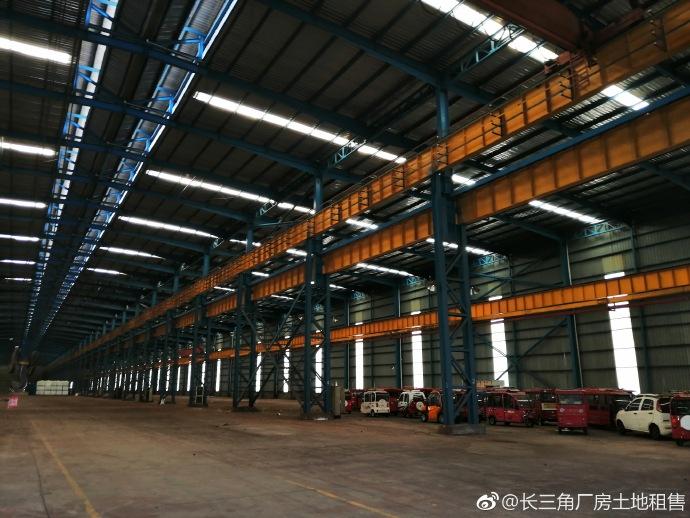 G2189 嘉兴平湖市工业园区内 上海金山边 共2栋厂房 每栋3万平方米 已装航车 出租