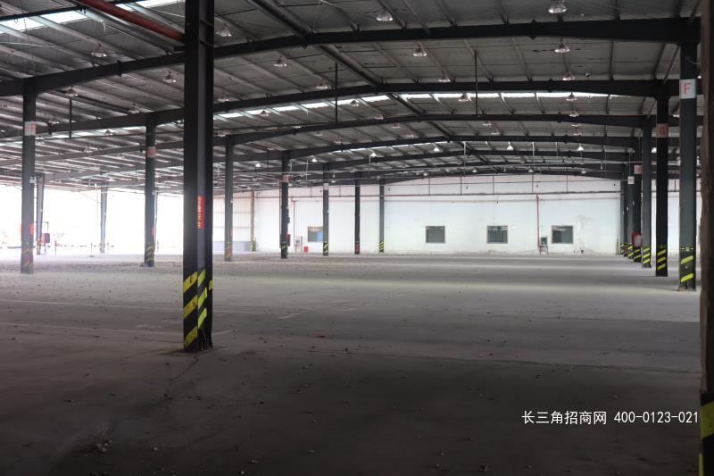 G2488 青浦区沪青平公路 8000平方米单层厂房仓库出租 无税收要求 仓储行业优先