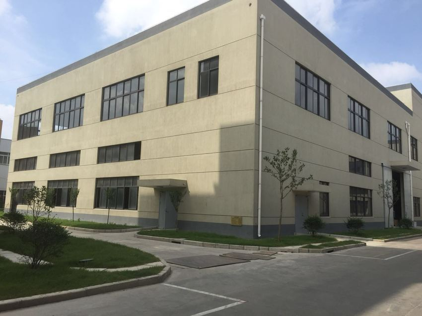 A8371 嘉定安亭园大路10000平方新厂房、办公楼出租 500平米起租 层高6米 租金1.5元左右/平米