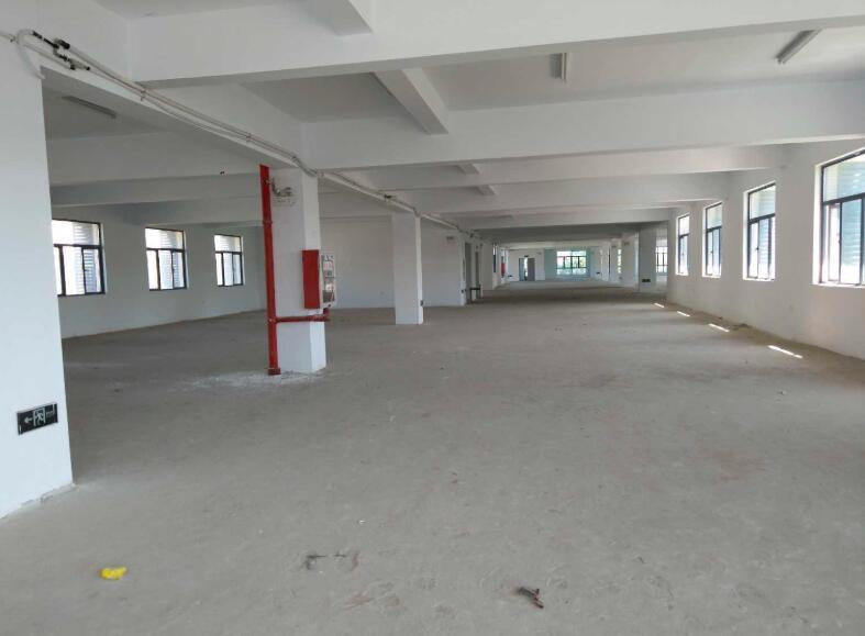 南京江北新区 六合 龙池厂房办公楼出租  7500平