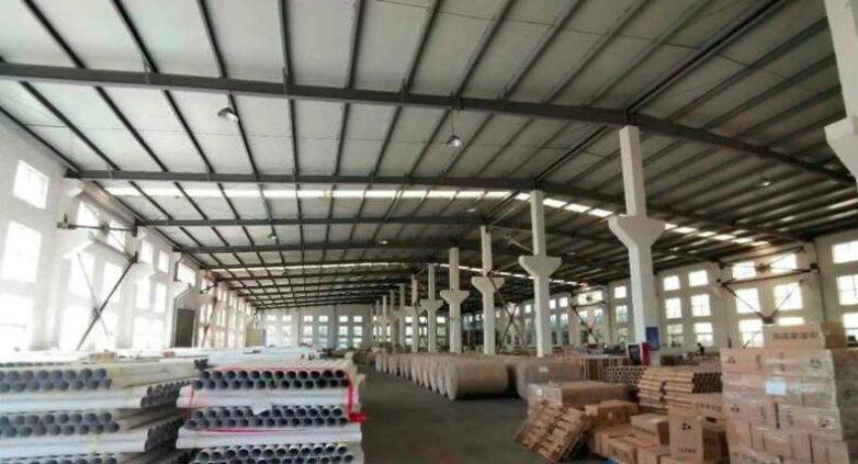南京产业转移承接区:滁州来安汊河经济开发区江浦路单层可装行车厂房3000平出租 高10米