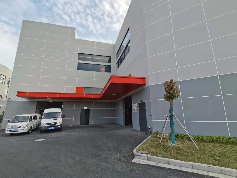 苏州昆山玉山镇国家级开发区独栋厂房出租,配电充足 4200平方米 3层 可分租